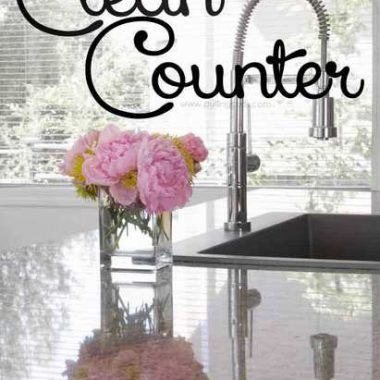 The best way to clean counters leaves them completely clean with ZERO residue! It just starts the day off right, here's how I do it!