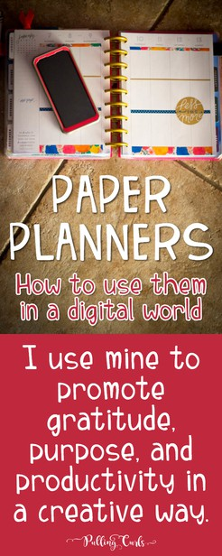 Learning to use a paper planner, along with an online digital planner has so many benefits. In this post I'll show you how to use a planner (and how I use my happy planner), to help organize, reflect and get priorities straight! #Paperplanner   Ideas   happy planner   Erin Condren   Washi Tape   Best   Life   google Calendar via @pullingcurls