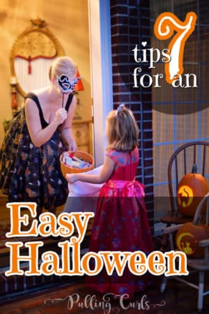 Easy Halloween Costumes, deocrations, food, party ideas, treats, DIY crafts, games, movies, and more -- all for the busy mom to have a FUN Halloween!