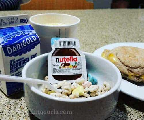 They had different varities of breakfsat sandwiches, yogurts, and best of all nutella packets. Yum.....