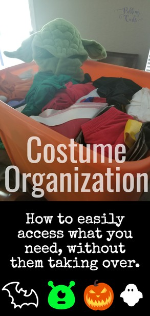 How to organize your family's costume collection via @pullingcurls